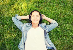 podcasting listening podcast headphones relax